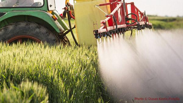 pesticide spraying2